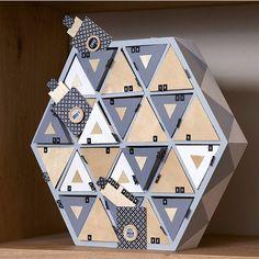 Calendrier de l'avent en bois Hexagonal 36cm - Artemio