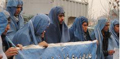 Kaboul : des hommes en burqa pour le droit des femmes | Solidarité Ouvrière