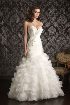 Buy 2013 Wedding Dresses Trumpet Mermaid Sweetheart Sweep Brush Train Organza Applique Ruffles On line