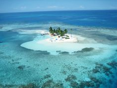 Rendezvous Caye has a permanent population of zero, if you don't count the watchman who spends the majority of each month on the island. #DiscoverBelize
