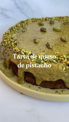 Fun Desserts, Dessert Recipes, Vegetarian Recipes, Cooking Recipes, Good Food, Yummy Food, Sicilian Recipes, Food Dishes, Sweet Recipes