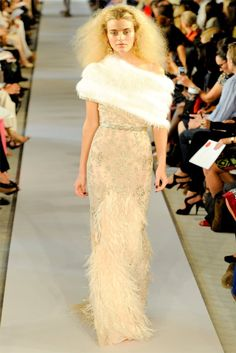 Oscar de la Renta Spring 2012 | New York Fashion Week