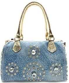 Beyond the Door has some great blingy handbags! @beyondthedoor11