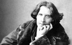 «Sé siempre tú mismo; los demás puestos ya están ocupados».  Oscar Wilde (1854-1900) Escritor, poeta y dramaturgo irlandés.