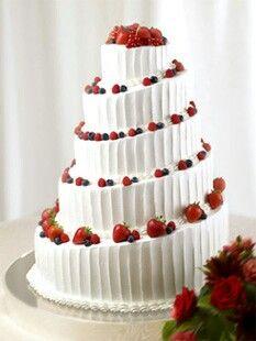 ウェディングケーキ Pretty Wedding Cakes, Wedding Cakes With Flowers, Elegant Wedding Cakes, Sweets Cake, Cupcake Cakes, Beautiful Cakes, Amazing Cakes, Cake Decorating For Beginners, Valentine Desserts
