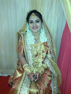 Wedding dress kerala style house