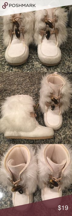 Gymboree white fur boots winter Ivory faux fur Sz7 Gymboree white faux fur boots Size 7 only worn once like new! Super cute!!! Gymboree Shoes Boots