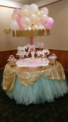 Carousel tabletop Carousel Birthday Parties, Carousel Party, Carnival Themed Party, Ballerina Birthday Parties, Carnival Themes, Circus Birthday, Circus Party, 1st Birthday Girls, Birthday Ideas
