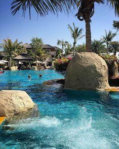 The perfect view, Sofitel The Palm, Dubai Sofitel Hotel, Outdoor Spaces, Outdoor Decor, Real Estate Development, Concrete Jungle, Hotels And Resorts, Pools, Egypt, Dubai
