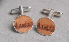 http://londonist.com/2013/12/santas-lap-wooden-london-skyline-gifts.php | Santa's Lap: Wooden London Skyline Gifts