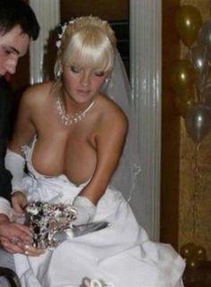 Voyouer bride titts