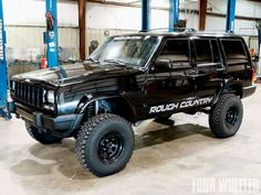 Rough Country Lifted Jeep Cherokee Black