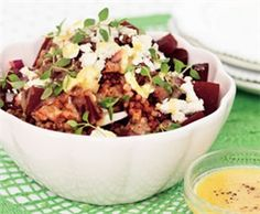 Röd salladspytt med feta.