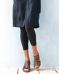 Organic-cotton leggings from Eileen Fisher $78