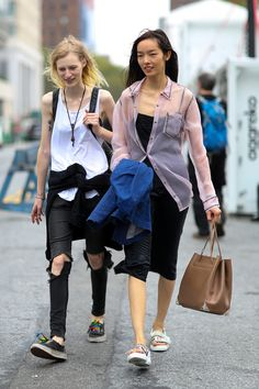 New York Fashion Week: A couple of carefree friends who look good traveling together.