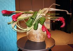 A creative line mass design by Julia A. Clevett at the 2015 Flower Show Judges' Symposium in Athens, Georgia