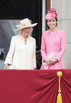 Kate Middleton Photos Photos - Camilla, Duchess of Cornwall and Catherine, Duchess of Cambridge look out from the balcony of Buckingham Palace during the Trooping the Colour parade on June 17, 2017 in London, England. - Trooping The Colour 2017