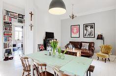 Décor do dia: rústico e moderno na Suécia Sala de jantar tem móveis de ar vintage