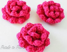 Crochet Flowers Easy So many cute and easy crochet flower patterns for free! Free Crochet Rose Pattern, Crochet Puff Flower, Crochet Flower Patterns, Crochet Flowers, Free Pattern, Rose Patterns, Quick Crochet, All Free Crochet, Cute Crochet
