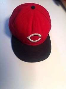cf98f10ff98 Authentic New Era 59Fifty Cincinnati Reds 7 3 4 Fitted Baseball Cap  Preowned