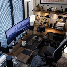 We've compiled the best office desk setup ideas, ergonomic desk setups, and gaming setup for you, featuring the best ergonomic chair for short person with back pain! All images were sourced. Home Studio Setup, Home Office Setup, Home Office Space, Office Workspace, Office Ideas, Apartment Office, Workspace Design, Office Interior Design, Office Interiors