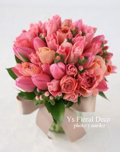 チューリップのクラッチブーケ @フォーシーズンズ ys floral deco