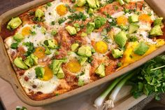 This easy Huevos Rancheros Casserole will be your new go-to breakfast recipe. With delicious ingredients baked to perfection, it's a great way to start the day! Mexican Brunch, Mexican Breakfast Recipes, Breakfast Dishes, Brunch Recipes, Mexican Food Recipes, Brunch Ideas, Pancake Recipes, Crepe Recipes, Breakfast Pizza