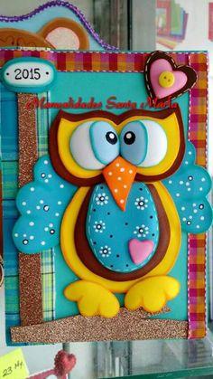 custom books for children Owl Crafts, Diy And Crafts, Crafts For Kids, Arts And Crafts, Paper Crafts, Merian, Decorate Notebook, Custom Book, Felt Birds
