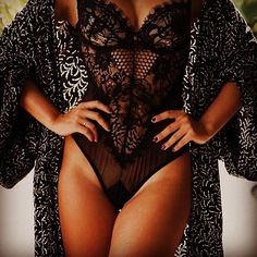 Beautiful, classy, seductive and vintage underwear. Cute lingerie and underwear sets for all women. Belle Lingerie, Lingerie Xxl, Lingerie Chic, Wedding Lingerie, Pretty Lingerie, Black Lingerie, Beautiful Lingerie, Lingerie Sleepwear, Romper Lingerie