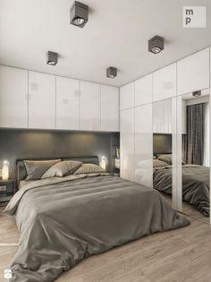 kolorystyka, maksymalne wykorzystanie przestrzeni przez zabudowy, szafa, ładne fronty