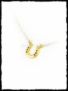 Ezüst kis patkós nyaklánc Gold Necklace, Silver, Jewelry, Gold Pendant Necklace, Jewlery, Money, Jewels, Jewerly, Jewelery
