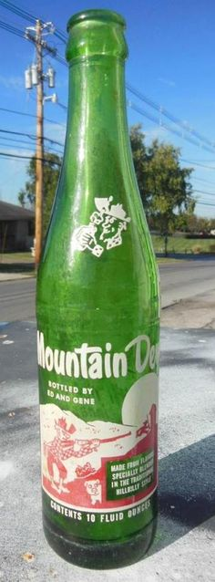 MOUNTAIN DEW HILLBILLY BOTTLE FILLED BY ED & GENE 10 OZ WHITE HEAD RARE MT. DEW #MOUNTAINDEW
