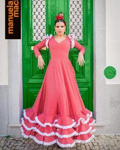 Colección 2019 Manuela Macías Moda Flamenca Flamenco Costume, Flamenco Skirt, Belly Dance, Costumes, Halloween, Black White, Womens Fashion, Clothes, Vintage
