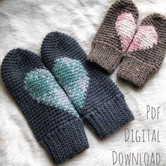 Crochet patterns for women Plaid Crochet, Crochet Mittens, Knitted Gloves, Crochet Beanie, Crochet Hats, Fingerless Gloves, Crochet For Kids, Free Crochet, Crochet Pattern
