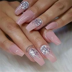32 Pretty mix and match pink nail art designs - Pink mix glitter nail art design