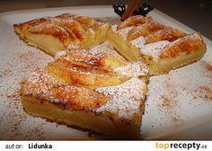Voňavý tvarohový koláč s jablky recept - TopRecepty.cz