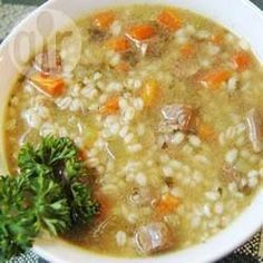 Soupe bœuf et orge à la mijoteuse @ qc.allrecipes.ca