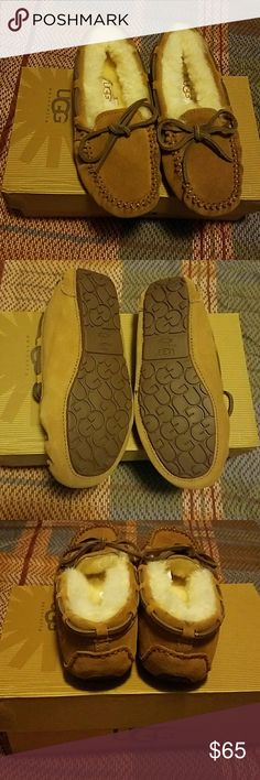 Ugg kids Dakota Ugg kids Dakota chestnut BRAND NEW UGG Shoes Moccasins