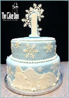 THE WINTER WONDERLAND 1st BIRTHDAY CAKE - by TheCakeDon @ CakesDecor.com - cake decorating website