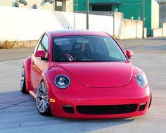 Volkswagen New Beetle, Beetle Car, Beetle Juice, Audi, Porsche, Vw Classic, Small Cars, Vw Beetles, Cool Cars