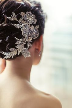 One of a kind Bespoke Bridal Hairpiece