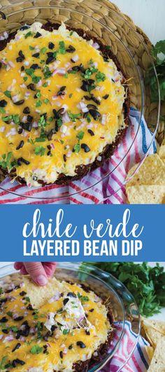 Chile Verde Layered Bean Dip - this bean dip recipe isn't your typical one. Chile Verde Layered Bean Dip – this bean dip recipe isn't your typical one. It has a little ki Fancy Appetizers, Vegan Appetizers, Appetizer Recipes, Appetizer Dips, Layered Bean Dip, Bean Dip Recipes, Creole Recipes, Clean Eating Snacks, Mexican Food Recipes