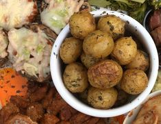 Ovnsbakte småpoteter Potatoes, Vegetables, Food, Potato, Veggies, Vegetable Recipes, Meals, Yemek, Eten
