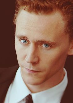 V nice pic of Hiddles