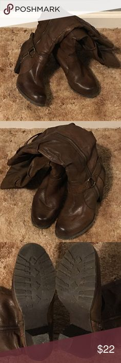 👢Knee High Brown Boots!👢 👢Knee High Brown Boots! Faux Leather. Cute buckle detail on the side. Zip up the sides. Women's size 7m.👢 Shoes Heeled Boots