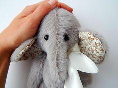 Beige Christmas Elephant. Lovely small mammoth. от LevchenkoDoll, $50.00