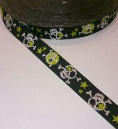 Webband - Webband Skull, schwarz,silber/grün,3 m - ein Designerstück von ZauberdrumMaterial bei DaWanda