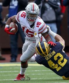 """""""""""I'll take Zeke Elliot for Rookie Of The Year right now. You can have the field"""" - Mike Greenberg Buckeyes Football, Ohio State Football, Ohio State Buckeyes, College Football, Ohio State Vs Michigan, Ohio State University, Ezekiel Elliott Ohio State, Hamilton, Football Reference"""
