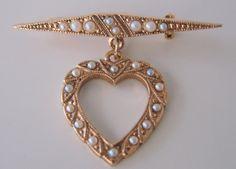 20% SALE Vintage Heart Pendant Brooch / Goldtone / by JoysShop