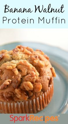 These moist Banana Walnut Muffins are studded with crunchy walnuts—and serve up almost 8 grams of protein each! Perfect for a healthy snack or breakfast on the go! High Protein Snacks, Protein Foods, Healthy Snacks, Banana Protein Muffins, Healthy Brunch, Protein Bites, Breakfast Healthy, Healthy Breakfasts, Yummy Snacks